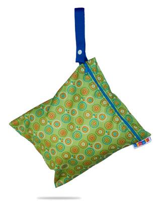 bummis-totebag-green-hanging-4426-400.jpg